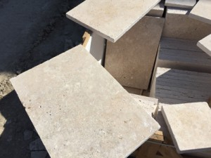 Cross cut light mix travertine tumbled (4)