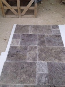 Cross cut silver travertine tumbled finish (7)